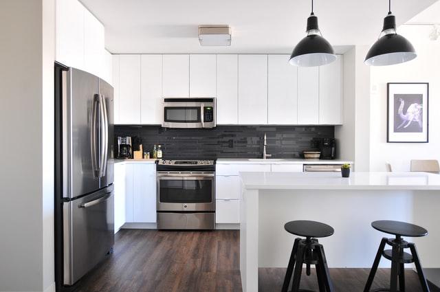 white kitchen interior 1